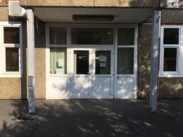 Orvosi rendelő Budapest műanyag ajtók és műanyag ablakok